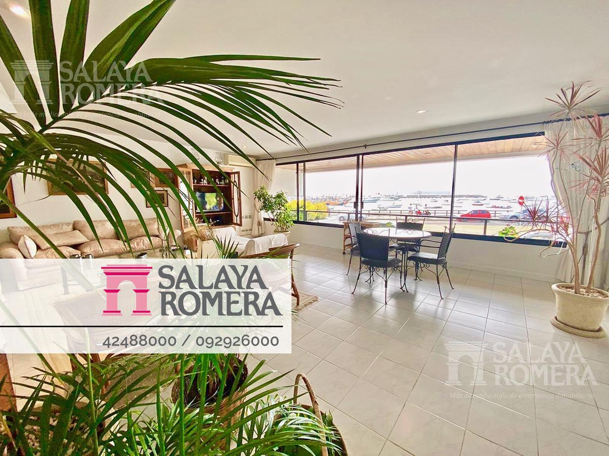 Foto Departamento en Venta en  Playa Mansa,  Punta del Este  Venta 4 dormitorios en suite y 2 dependencias piscina y parrillero propio
