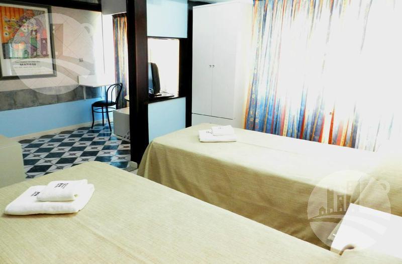 Foto Hotel en Venta | Alquiler en  Balvanera ,  Capital Federal  Hotel 31 hab. 3*