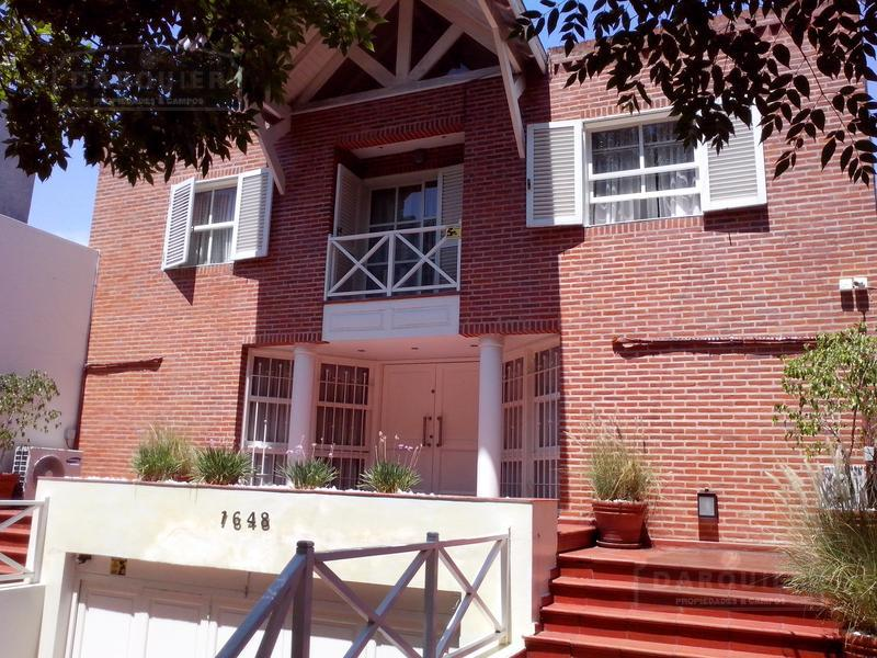 Foto Casa en Venta en  Adrogue,  Almirante Brown  DIAGONAL BROWN 1648
