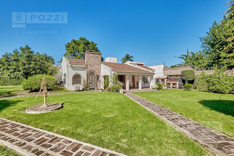 Foto Casa en Venta en  General Pacheco,  Tigre  Santiago del Estero al 800