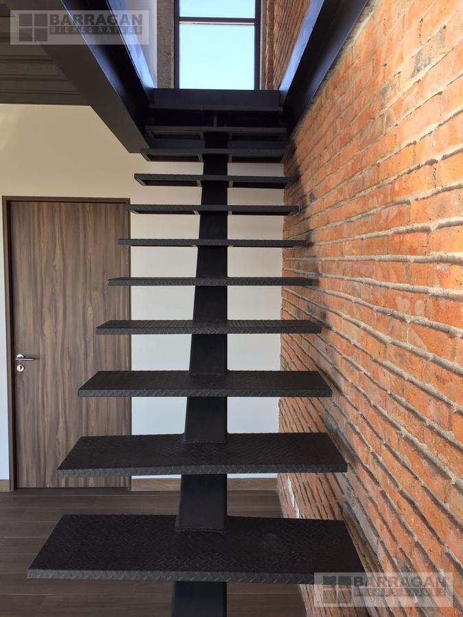 Foto Departamento en Renta en  Lomas del Marqués,  Querétaro  Loft en Renta Brick Box Lomas del Marques, Querétaro