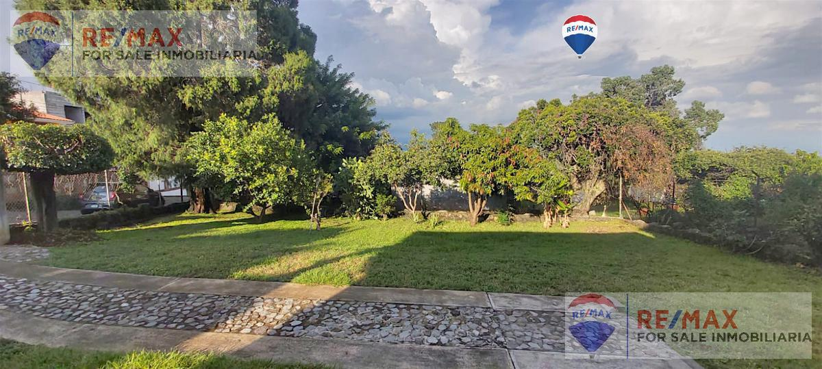 Foto Casa en Venta en  Loma del Tzompantle,  Cuernavaca  Casa en el norte de Cuernavaca, Lomas Tzompantle, Cuernavaca…Clave 3638