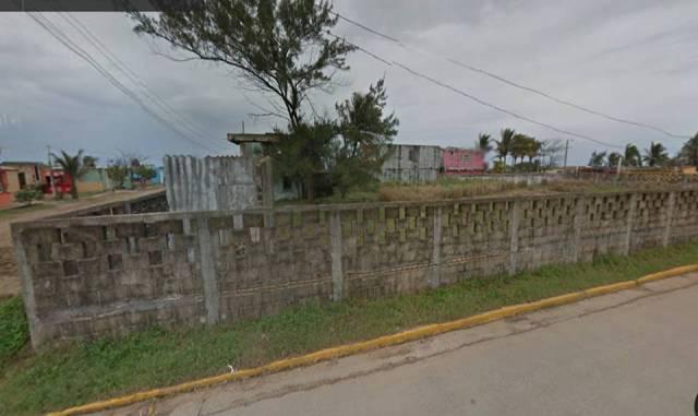 Foto Terreno en Renta en  Agua Dulce ,  Veracruz  AV. 5 DE MAYO VILLA DE ALLENDE, VER
