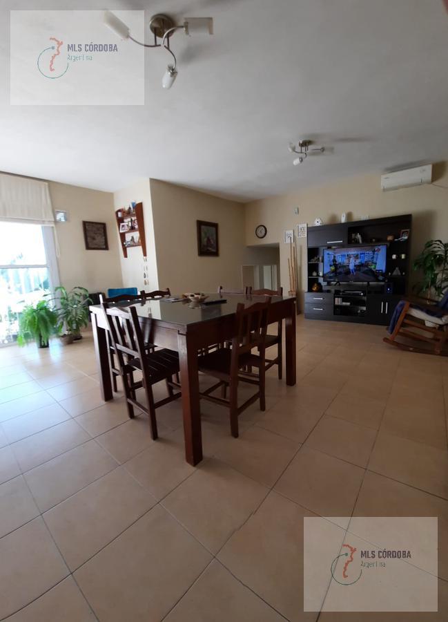 Foto Casa en Venta en  Villa Allende Golf,  Villa Allende  bogota al 700