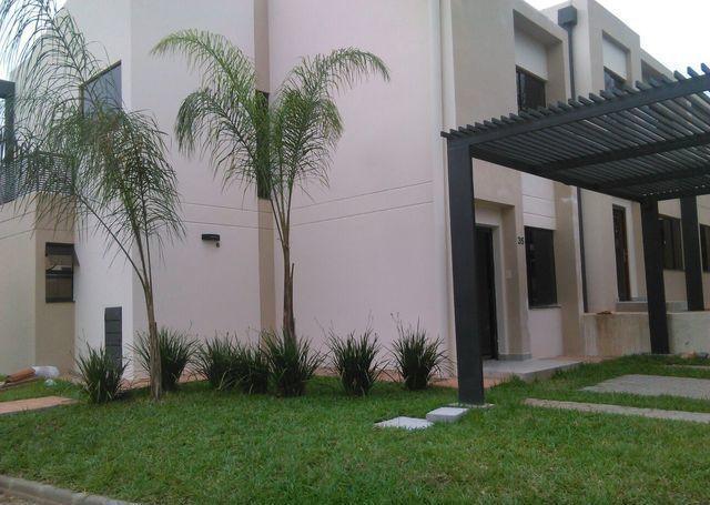 Foto Departamento en Alquiler en  Luque ,  Central  Alquilo duplex con piscina en barrio cerrado Luque