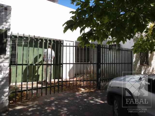 Foto Terreno en Venta en  Área Centro Este ,  Capital  Alderete 525
