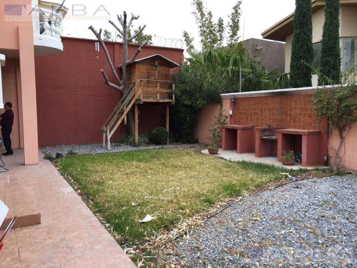 Foto Casa en Renta en  Chihuahua ,  Chihuahua  RENTA DE CASA EN CUMBRES  IV