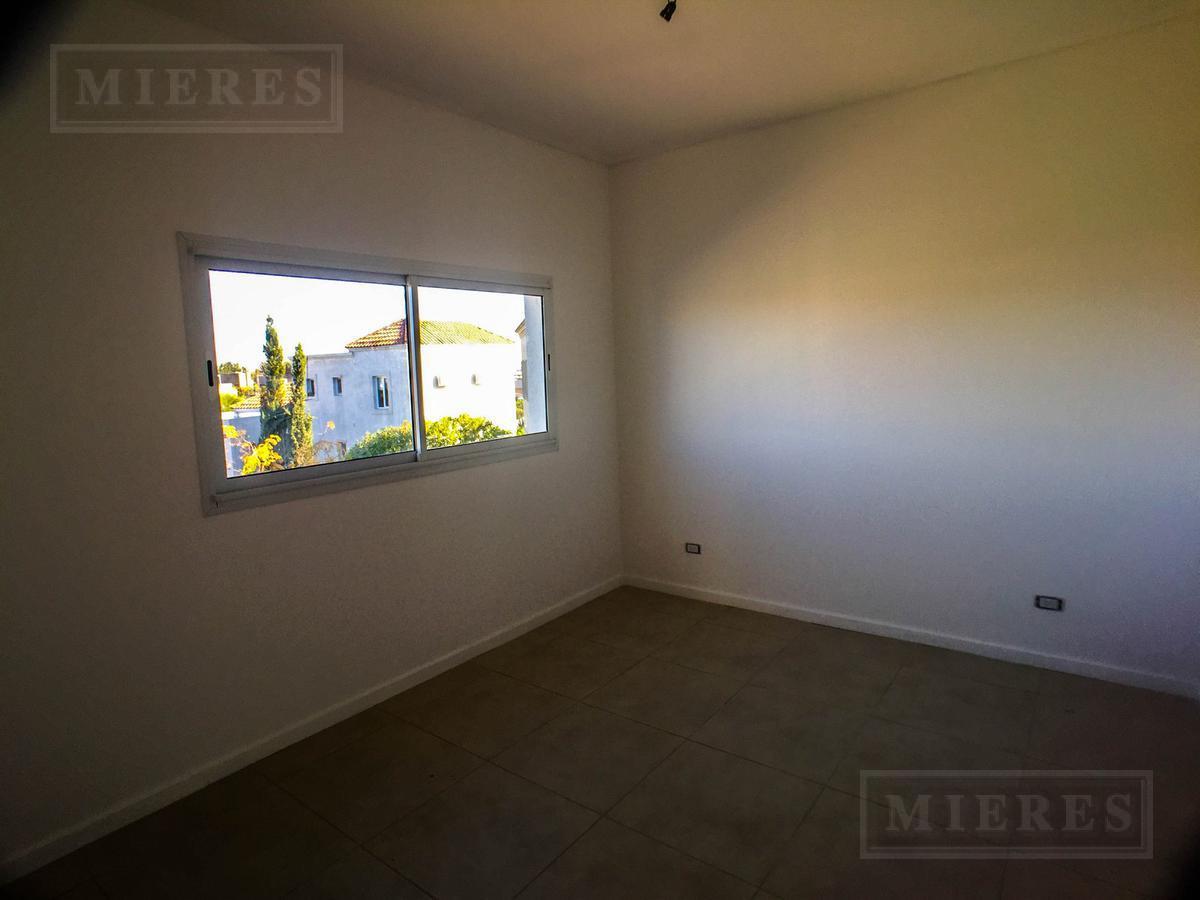 Casa en venta en el barrio San Francisco,  Villanueva