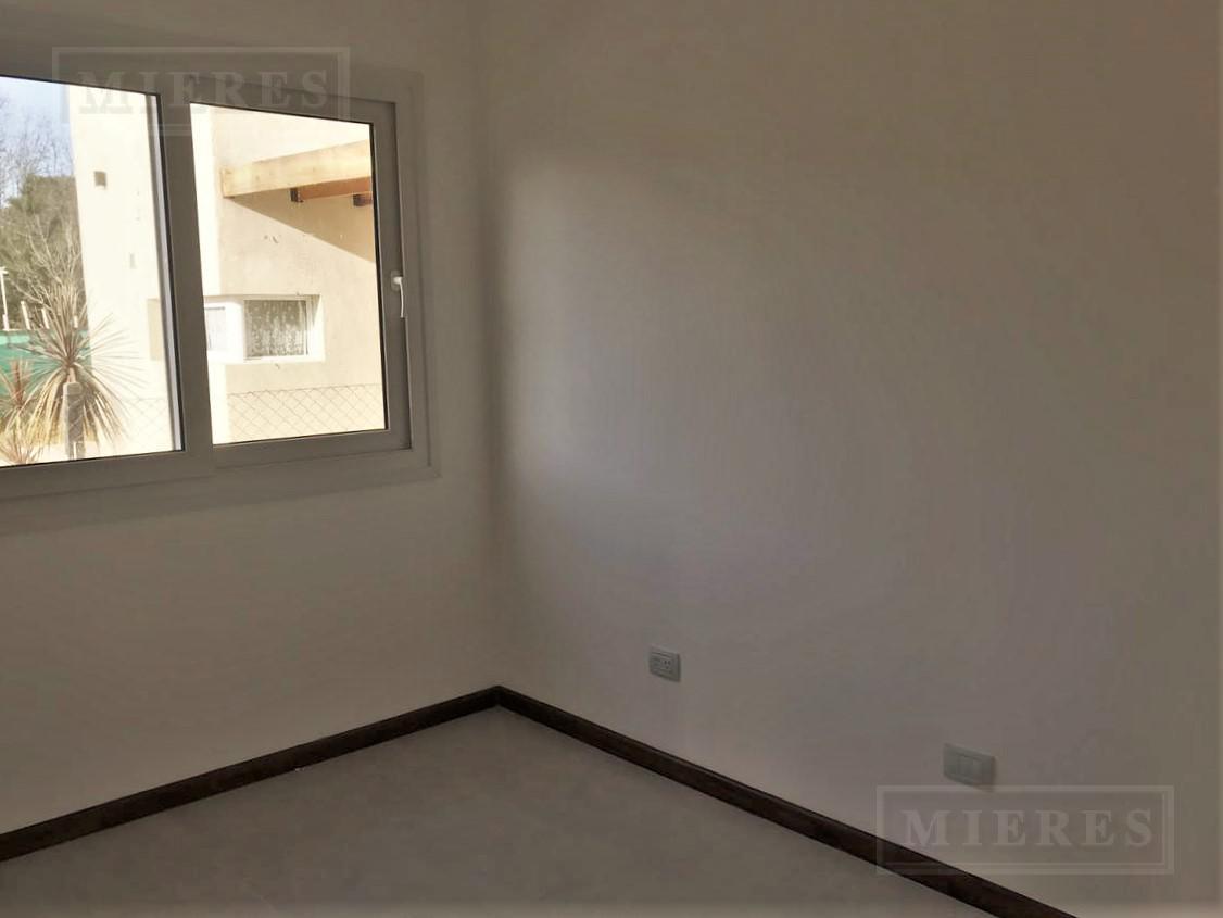 MIERES Propiedades- Casa de 155 mts en La cañada de Pilar Los Robles