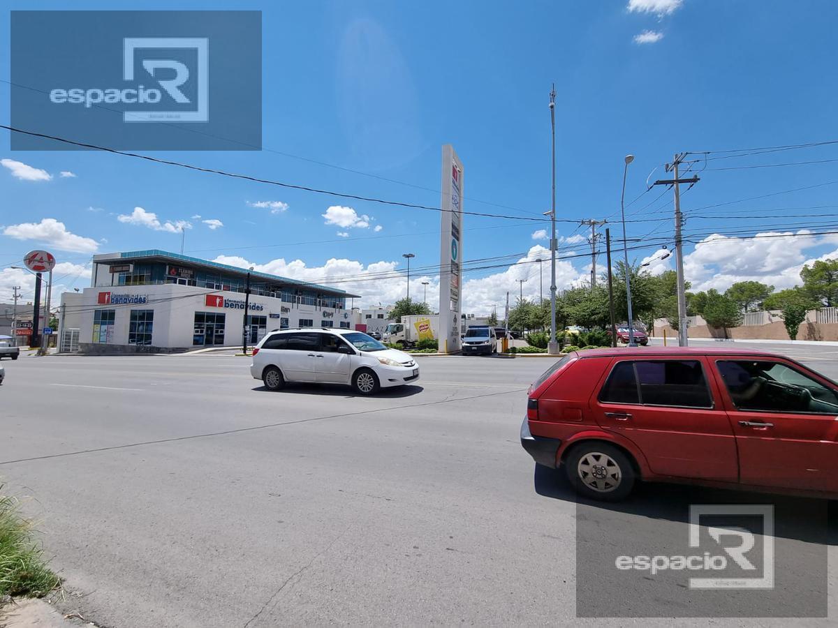 Foto Local en Renta en  Lomas La Salle,  Chihuahua  OFICINA O LOCAL EN RENTA SOBRE AVENIDA PRINCIPAL CERCA DE ORTIZ MENA