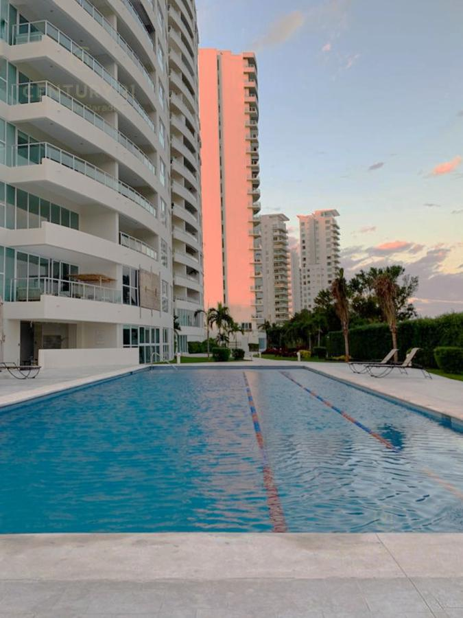 Puerto Cancún Apartment for Sale scene image 20