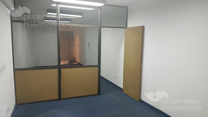 Foto Oficina en Venta en  Monserrat,  Centro (Capital Federal)  Peru300