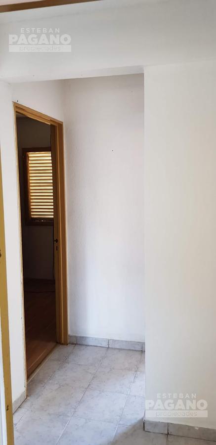 Foto Departamento en Venta en  Berisso,  Berisso  Av. Montevideo entre 33 y 34