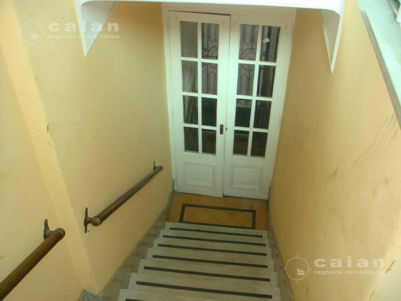 Foto Casa en Venta en  Caballito ,  Capital Federal  Valle al 1000