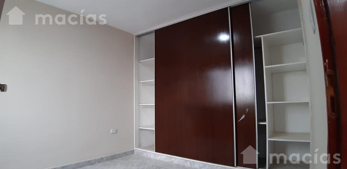 Foto Departamento en Alquiler en  Avenida,  San Miguel De Tucumán  Mitre al 800