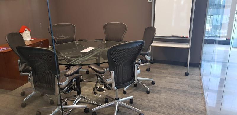 Foto Oficina en Venta en  Centro Sur,  Querétaro  Oficina Renta IOS Office Centro Sur 10 personas $37,695 Hugrod EQG1