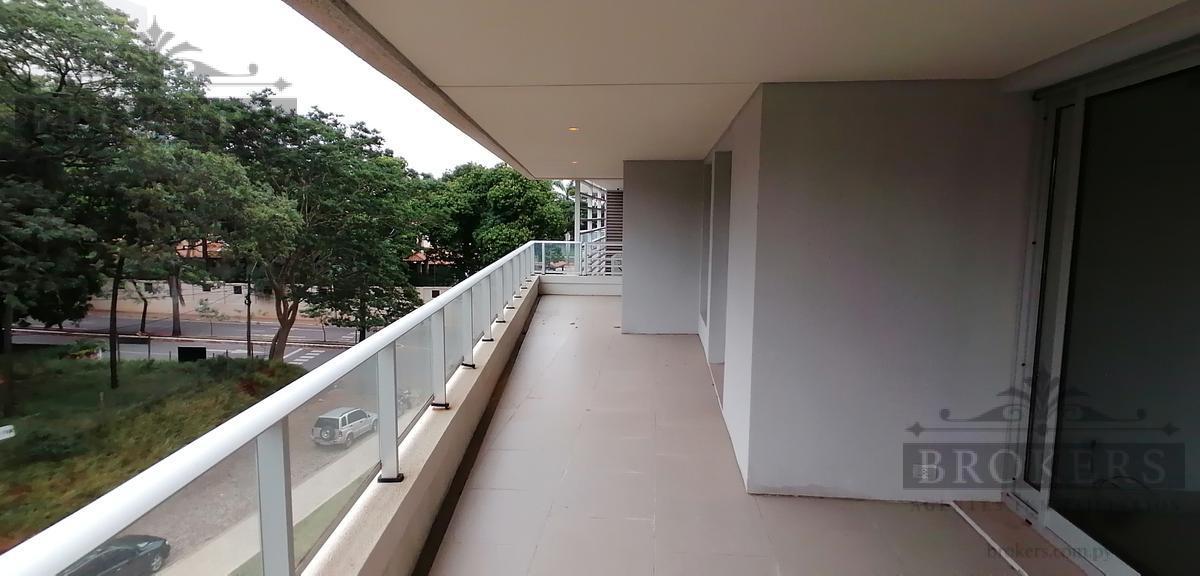 Foto Departamento en Venta en  Mburucuya,  Santisima Trinidad  Vendo lujoso Dpto de  2 dorm + A/S completa y 1 cochera zona Stma. Trinidad