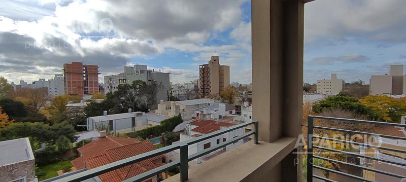 Foto Departamento en Venta en  La Plata ,  G.B.A. Zona Sur  27 Entre 43 y 44