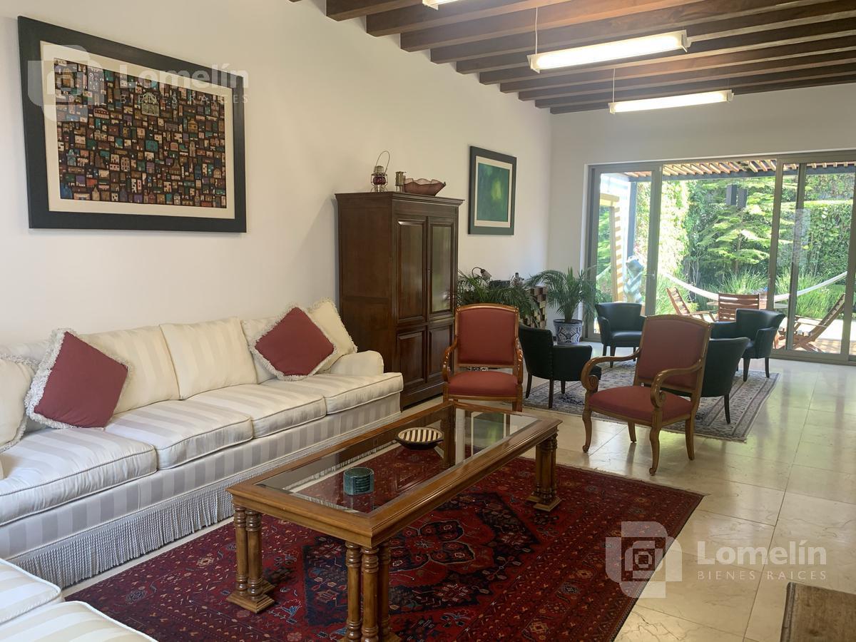 Foto Casa en Venta en  Lomas Hipódromo,  Naucalpan de Juárez  LOMAS HIPÓDROMO - CASA IMPECABLE - JARDÍN Y TERRAZA