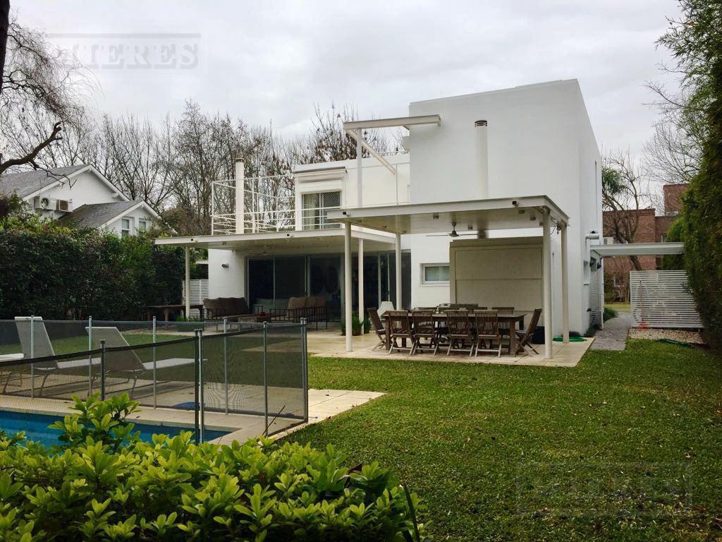 MIERES Propiedades- Casa de 280 mts en Mayling Club de Campo
