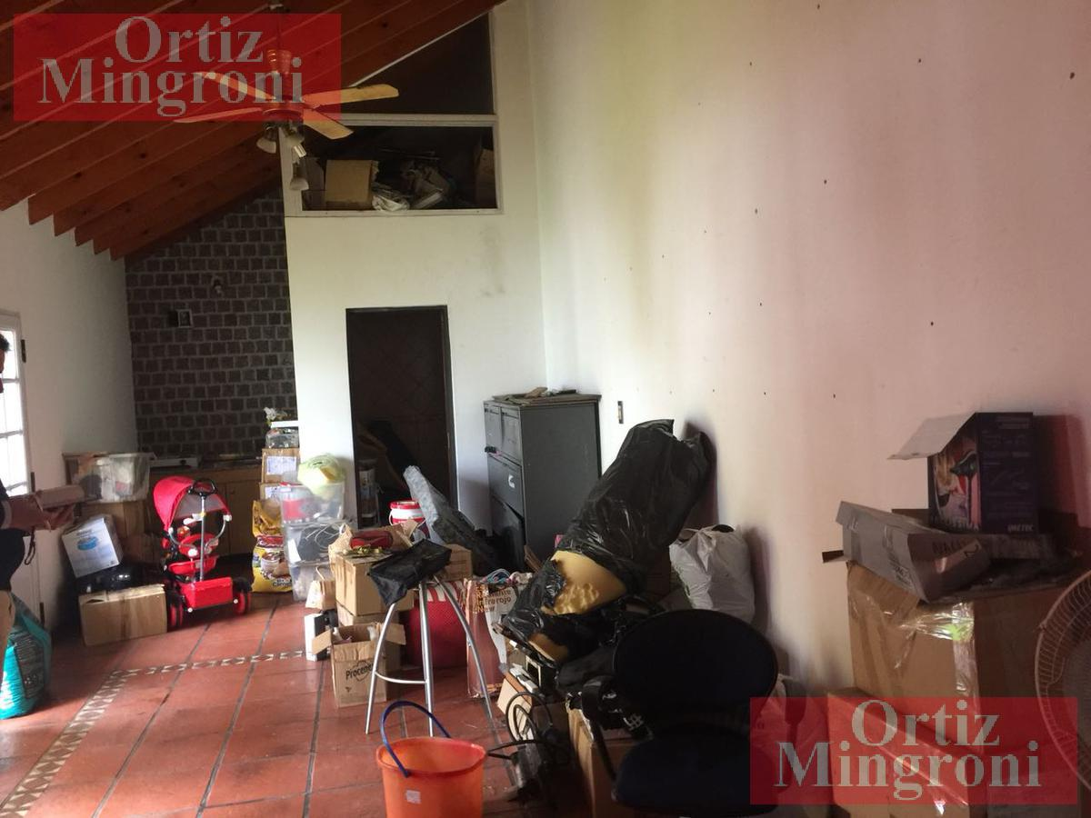 Foto Casa en Venta en  Lomas de Zamora Oeste,  Lomas De Zamora  Corrientes al 400