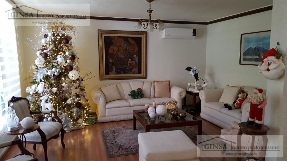 Foto Casa en Venta |  en  Country la Escondida,  Guadalupe  GN-2051