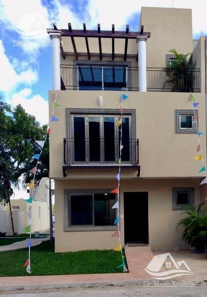 Foto Casa en Venta en  Región 514,  Cancún  Casa en venta en Cancún Centro