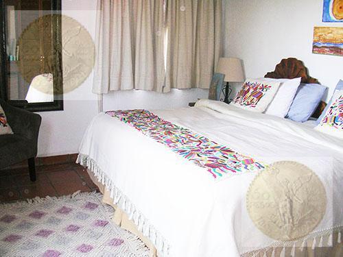 Foto Casa en Venta en  Fraccionamiento Residencial Haciendas de Tequisquiapan,  Tequisquiapan  Bellísima residencia en esquina