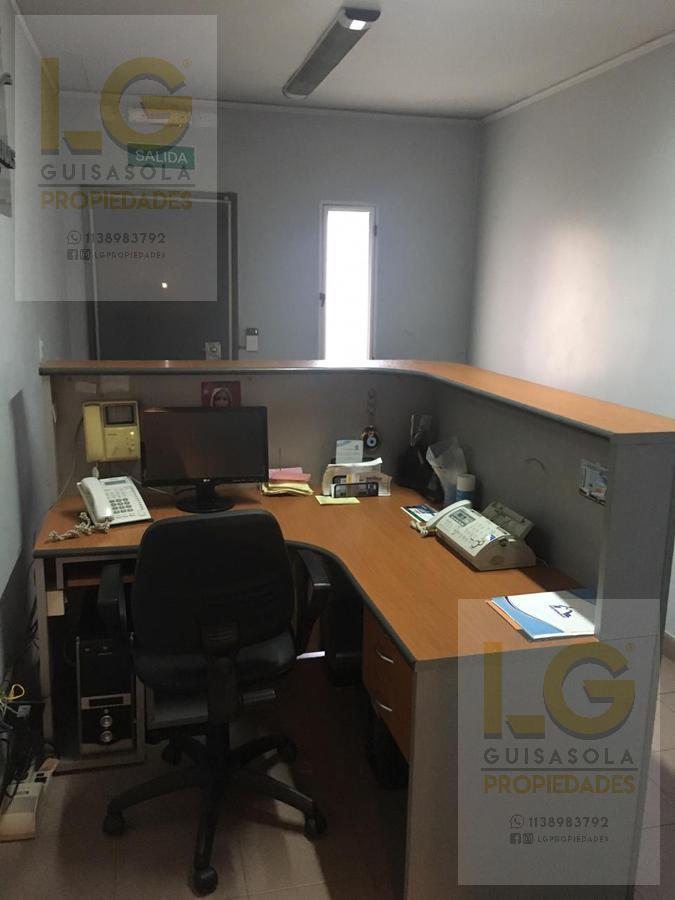 Foto Local en Venta en  Crucesita,  Avellaneda  Manuel Ocantos 200