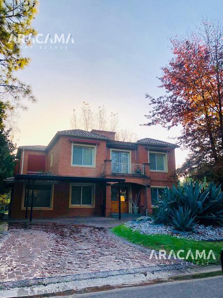 Foto Casa en Venta en  Saint Thomas,  Countries/B.Cerrado (E. Echeverría)  Saint Thomas Norte - Canning