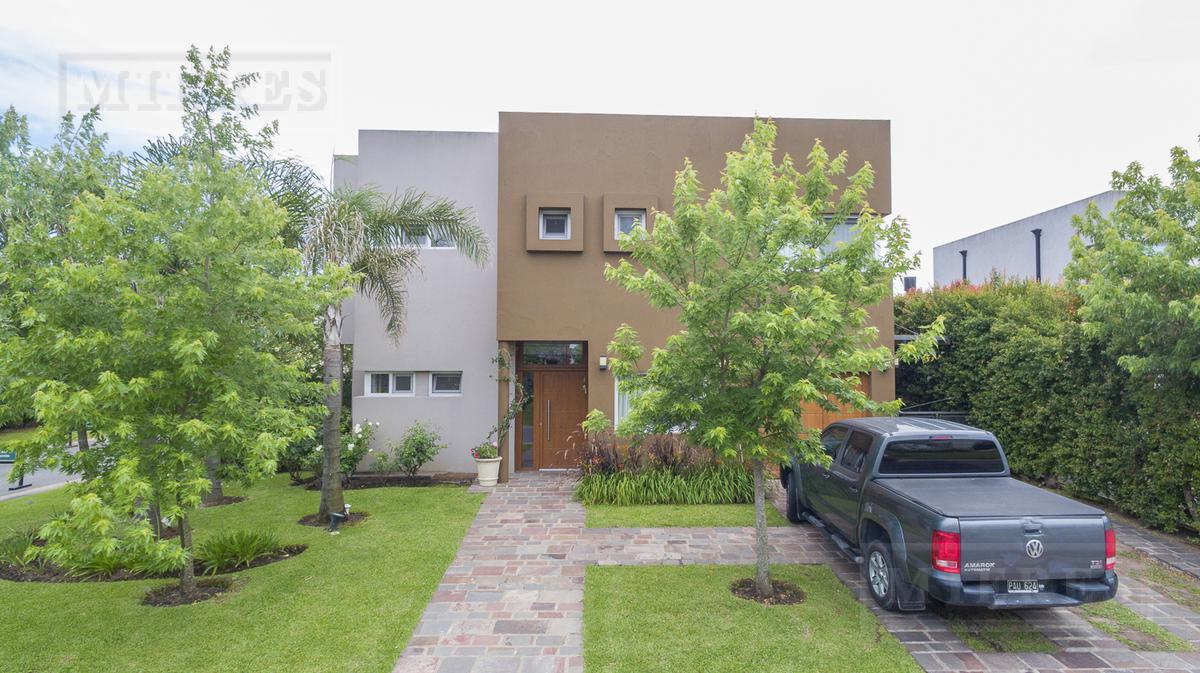 Casa en Los Alisos - Oportunidad financia 50%
