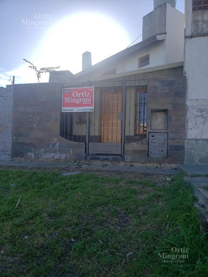 Foto Departamento en Alquiler en  Lomas de Zamora Oeste,  Lomas De Zamora  Gaito 0 Depto 2