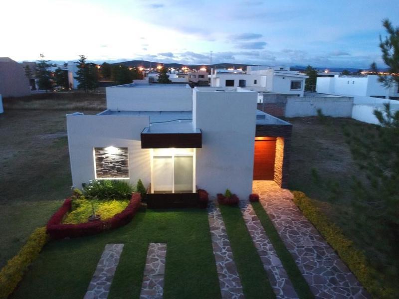 Foto Casa en Venta en  La Campiña,  León  CASA SEMINUEVA EN LA CAMPIÑA
