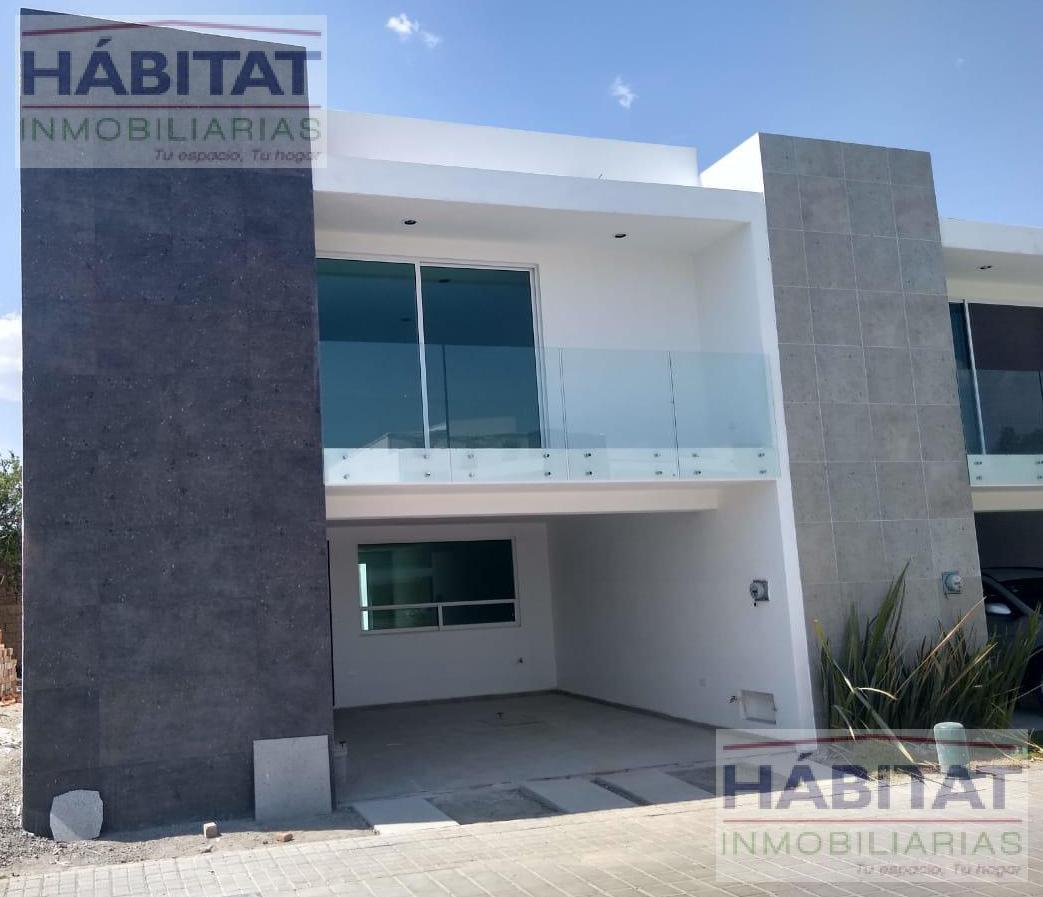 Foto Casa en Venta en  Pueblo Santa Bárbara Almoloya,  San Pedro Cholula  CASA EN VENTA EN FRACCIONAMIENTO SANTA BARBARA PUEBLA
