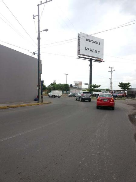 Foto Local en Renta en  Rafael Díaz Serdan,  Veracruz  LOCAL EN RENTA COL. DIAZ SERDAN