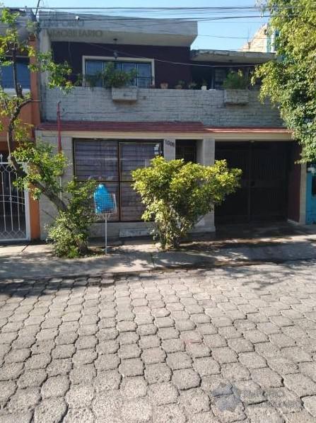Foto Casa en Venta en  Residencial La Soledad,  Tlaquepaque  Casa Venta Residencial La Soledad $2,500,000 A257 E2