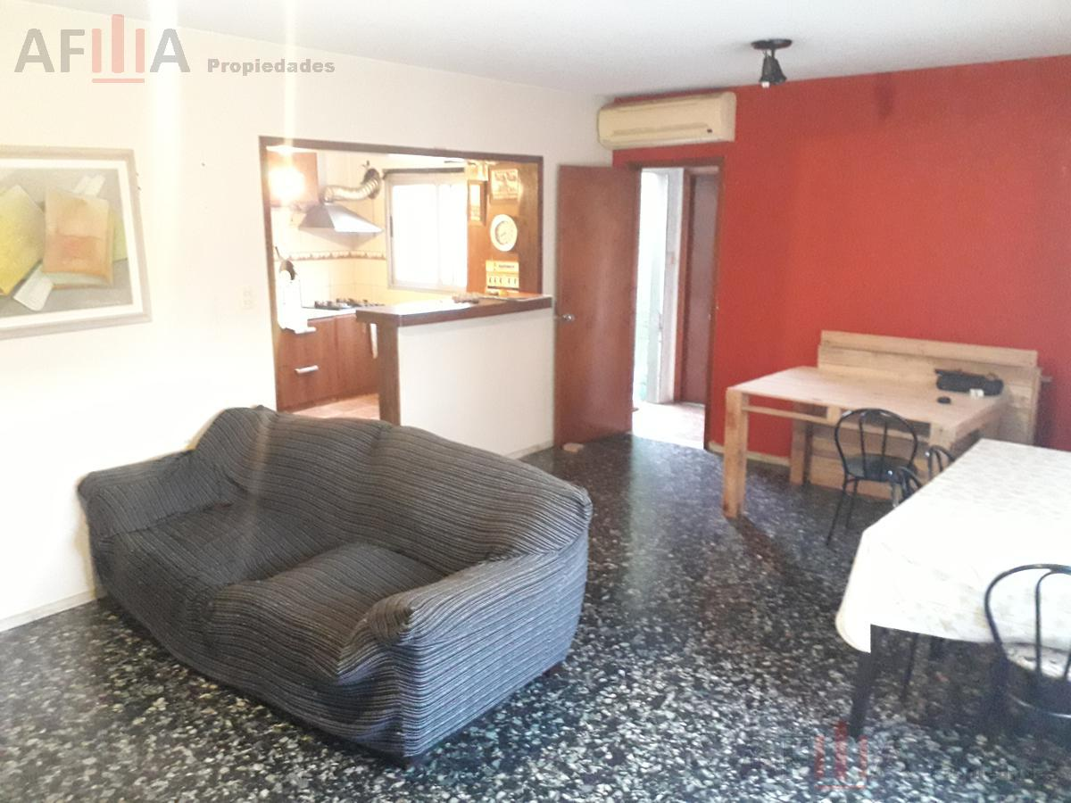 Foto Casa en Alquiler en  Ituzaingó ,  Montevideo  Damaso Antonio Larrañaga al 4300