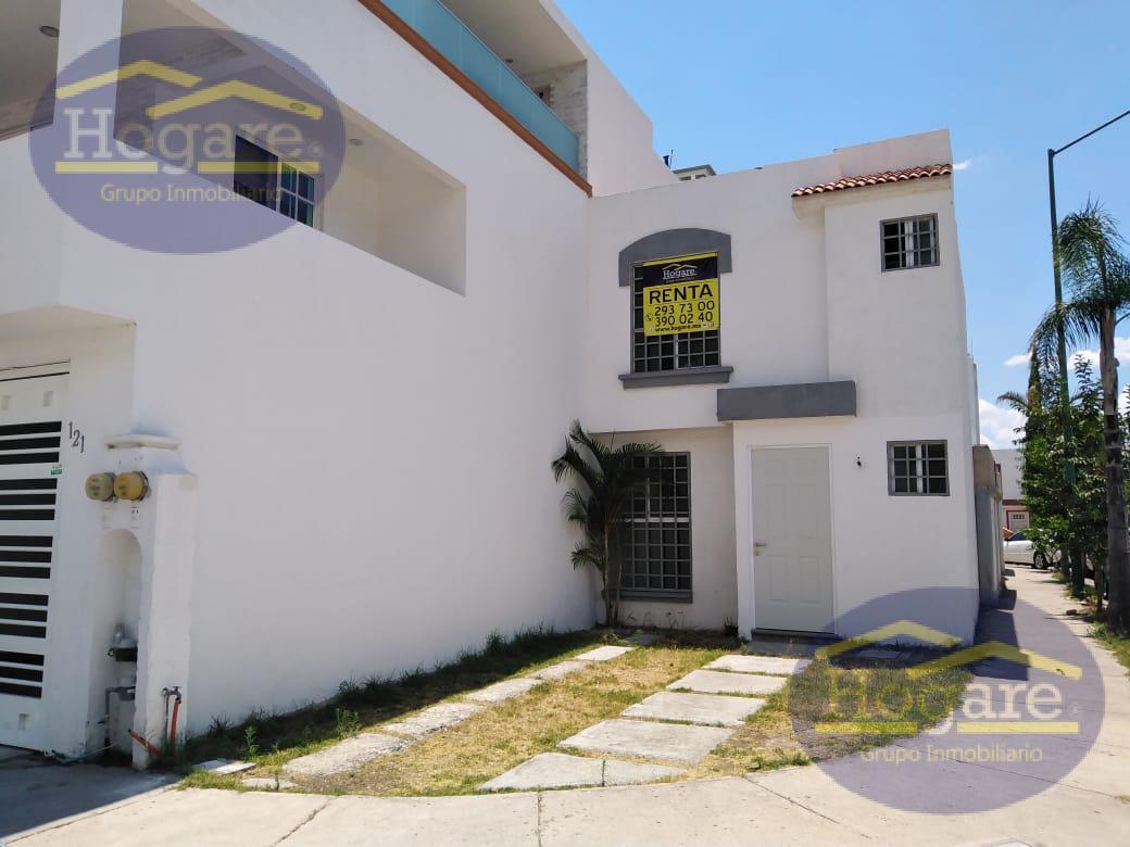 Casa en Renta de 3 Recámaras, en esquina en el Fracc. Brisas del Lago en León, Guanajuato