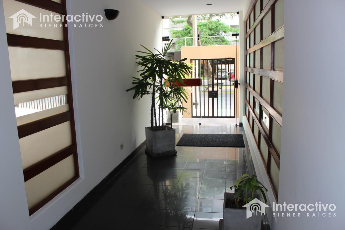 Foto Departamento en Alquiler en  Miraflores,  Lima   Av.  Pardo  cdra. 9 (servicios incluidos en el precio)