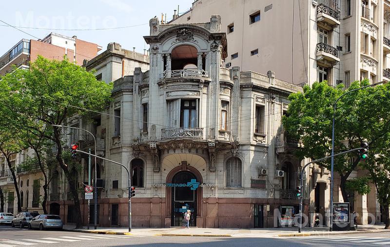 Foto Edificio Comercial en Venta en  Balvanera ,  Capital Federal  Rivadavia al 1900
