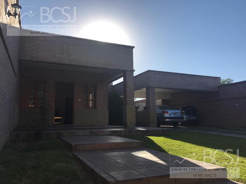 Foto Casa en Venta en  Capital ,  San Juan  Av. Rioja al 400