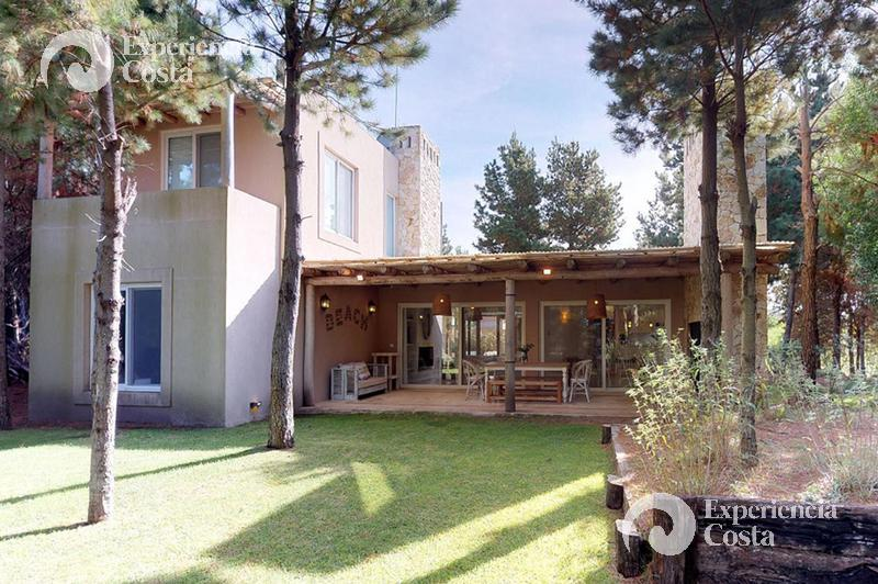 Foto Casa en Alquiler | Alquiler temporario en  Barrio Costa Esmeralda,  Pinamar  Green del 7 - Golf I - Lote 198