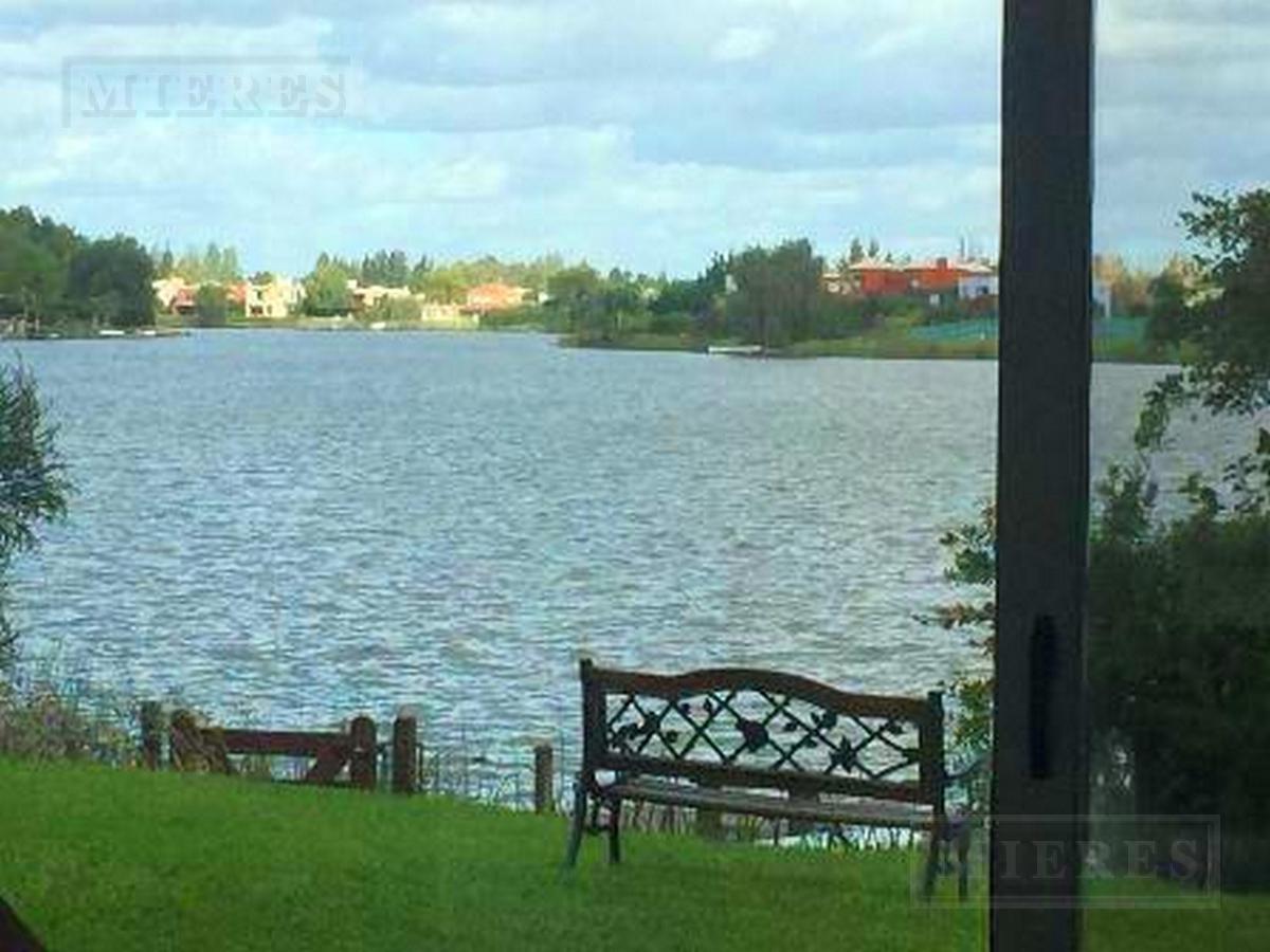 Casa en San Isidro Labrador, Villanueva