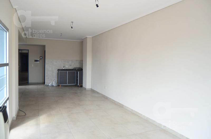 Foto Oficina en Alquiler en  Villa Luro ,  Capital Federal  Rafaela al 5000, entre Manzoni y Leopardi