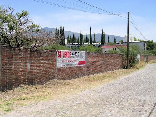 Foto Terreno en Venta en  Tequisquiapan ,  Querétaro  Terreno bien ubicado, a 8 minutos del centro de Tequis