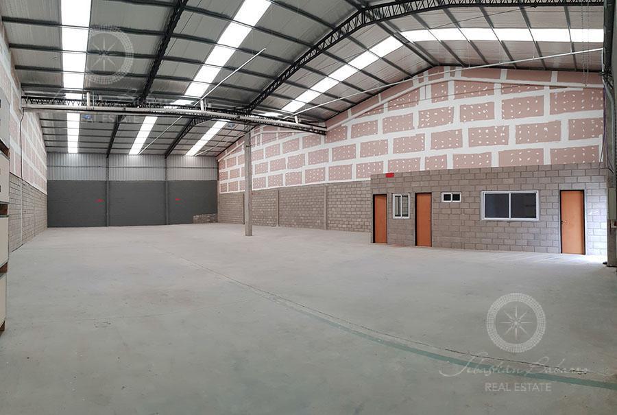 Foto Nave Industrial en Venta en  Polo Industrial Ezeiza,  Canning  Perito Moreno al 800