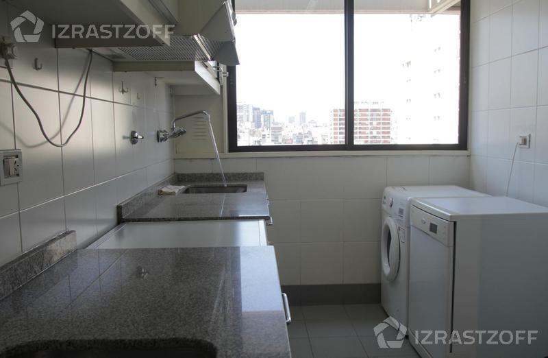 Departamento-Alquiler-Barrio Norte-Riobamba 900 e/M T de Alvear y Paraguay