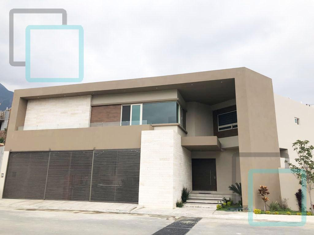 Foto Casa en Venta en  Sierra Alta 9o Sector,  Monterrey  CASA EN VENTA SIERRA ALTA ZONA CARRETERA NACIONAL MONTERREY