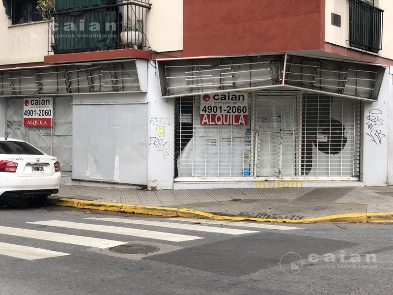 Foto Local en Alquiler en  P.Rivadavia,  Caballito  Av. Acoyte al 100