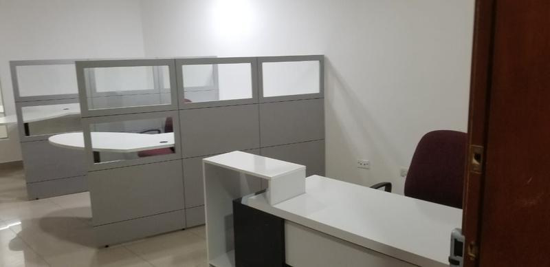 Foto Oficina en Alquiler en  Norte de Guayaquil,  Guayaquil    ALQUILER  OFICINA AMOBLADA EN KENNEDY NORTE